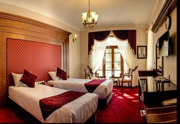 هتل آپادانا تخت جمشید